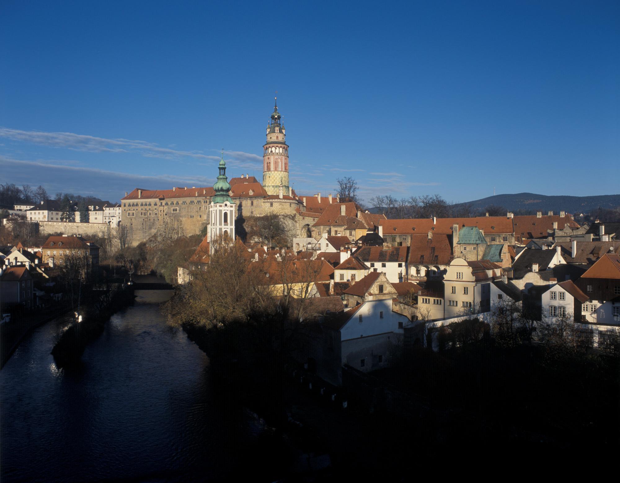 Cesky Krumlov – ranni panorama zamku
