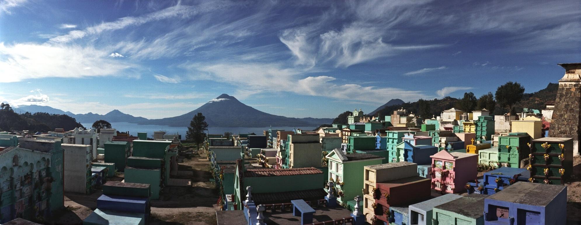 Guatemala-cemetery Solola