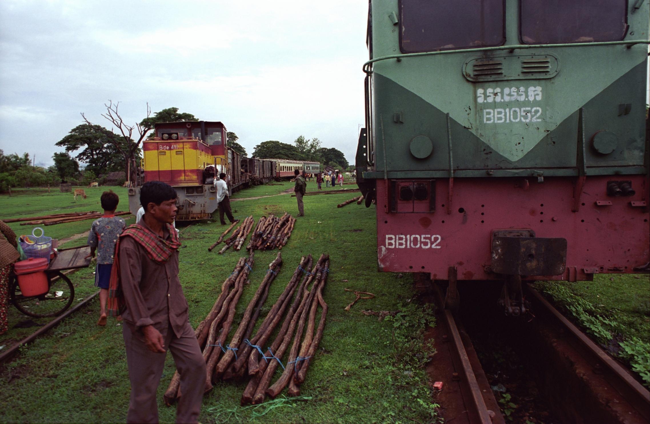 railroad from Batambak